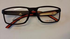 Plastova-obruba-Adidas-af41